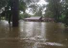 Pastor que diz que Deus pune gays com desastres naturais tem casa destruída por inundação (Foto: Tony Perkins/Facebook/Reprodução)
