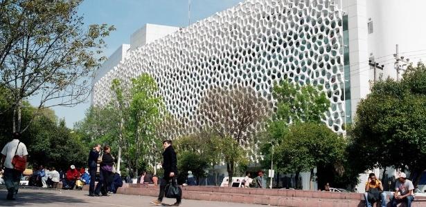 Feito com nanotecnologia, material está sendo empregado em vários países, mas enfrenta burocracia para ser trazido ao Brasil, dizem seus criadores