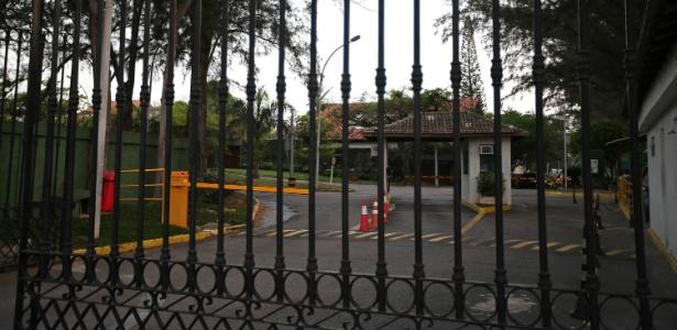Condomínio Park Palace, na Barra da Tijuca, zona oeste do Rio, onde o ex-deputado federal Eduardo Cunha tem casa