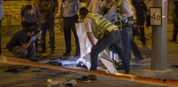 Este foi o segundo caso semelhante em menos de 24 horas; na tarde deste sábado, um palestino matou dois judeus antes de ser morto por policiais, também na cidade velha de Jerusalém