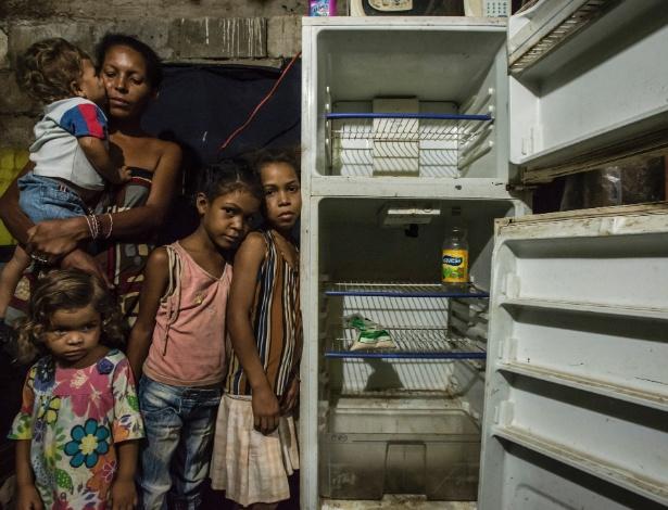 Onda de saques revela fome profunda entre venezuelanos not cias internacional - Separacion sin hijos quien se queda en casa ...