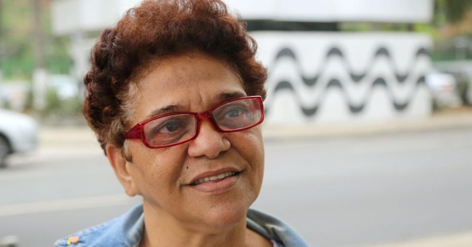 24.set.2015 - Teresinha Silva Soares, 60, afirmou que não tem mais coragem de ir à praia nos fins de semana.
