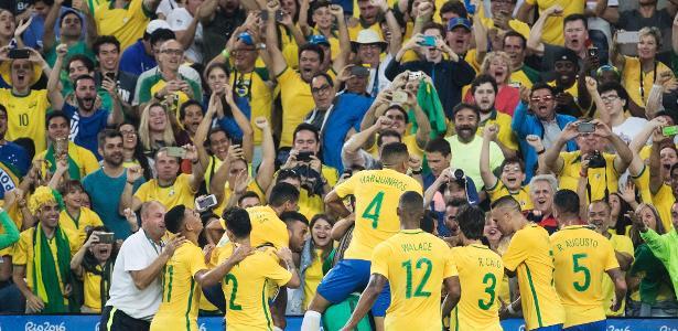 173f0ef3ee77d Alemanha recebida sem rancor  Na torcida do Maracanã