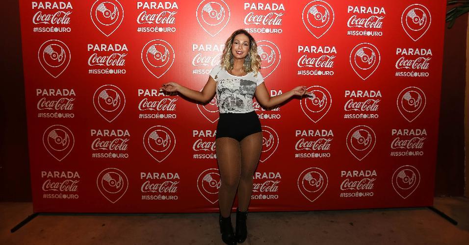 Valesca Popozuda faz show na Parada Coca-cola durante as Olimpíadas do Rio