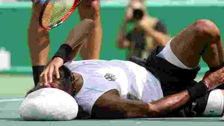 Rival alemão abandona e Bellucci avança à segunda rodada do tênis olímpico