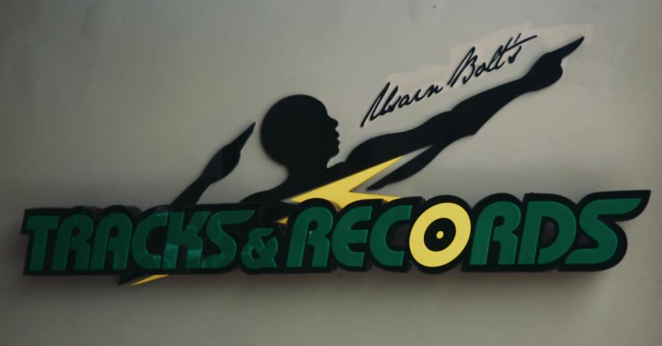 Símbolo do Tracks and Records, restaurante de Usain Bolt