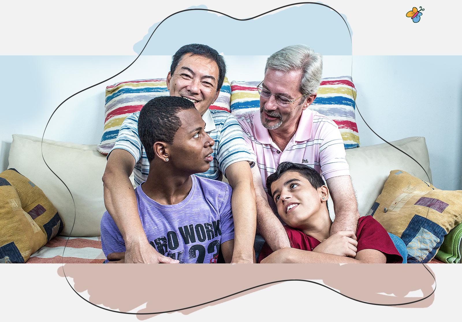 O casal Helio Yoshinori (esq.) e Claus Peter com os filhos Wesley e Fabioni