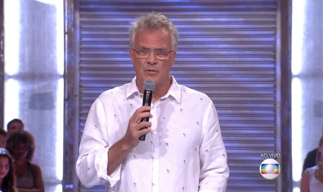 9.fev.2016 - Bial utilizou metáforas para anunciar falsa eliminação de Ana Paula