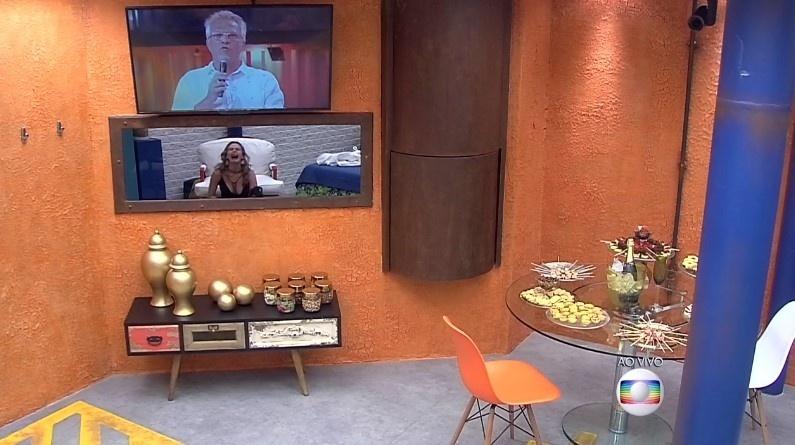 9.fev.2016 - Bial diz para Ana Paula que ela não foi eliminada