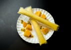 Picolé de frutas amarelas