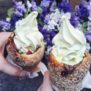 Gourmet Ice Cream Cake Los Angeles