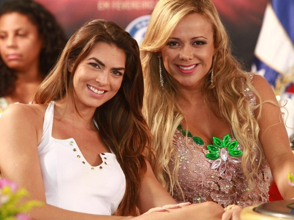22.jan.2013 - A panicat Renata Molinaro e Cibele Ribeiro participam da gravação do