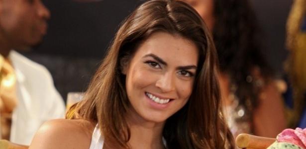 22.jan.2013 - A panicat Renata Molinaro, musa da Mangueira, participa da gravação do