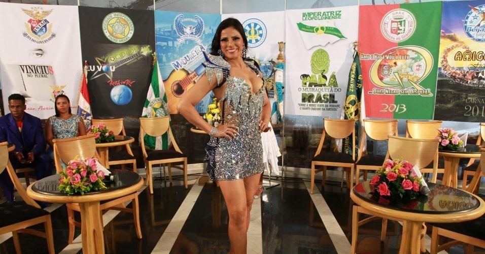 22.jan.2013 - Bruna Bruno, musa da Ilha do Governador, participa da  da gravação do