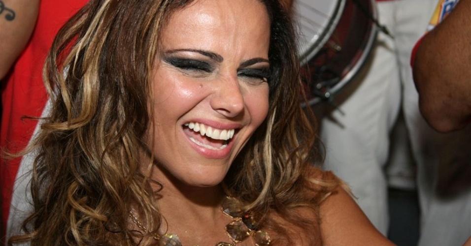 Jan.2013 - Viviane Araújo no ensaio do Salgueiro