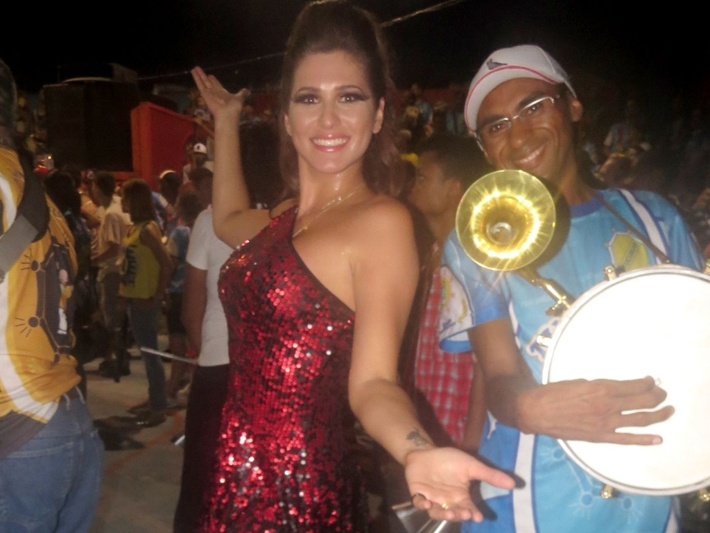 31.jan.2013 Livia Andrade, que estreia na Tucuruvi este ano, durante ensaio na quadra da escola, que fica na Zona Norte de So Paulo