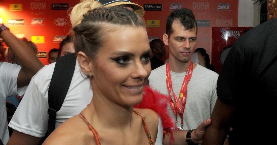 9.fev.2013 - Carol curte o camarote no Carnaval de Salvador