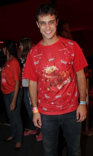 09.fev.2013 - O ator e modelo Ronny Kriwatt sorri para as câmeras no Camarote Brahma, no Sambódromo do Anhembi em São Paulo