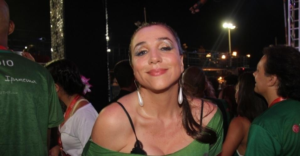 10.fev.2013 - Marisa Orth curte Carnaval em Salvador no Camarote Expresso 2222