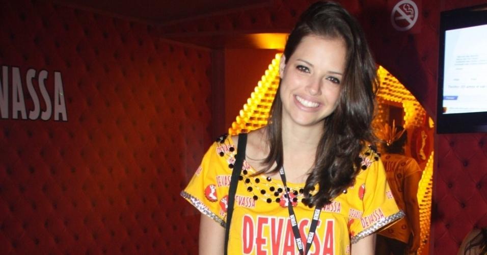 11.fev.2013 - a atriz Agatha Moreira, protagonista da novela Malhação, chega ao Camarote Devassa