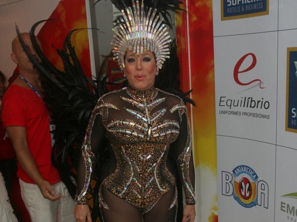 11.fev.2013 - A atriz Susana Vieira prestigiou o Camarote da Grande Rio, escola pela qual desfila como destaque