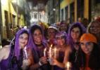 Foliões celebram o Carnaval pelo mundo - François Lenoir/Reuters