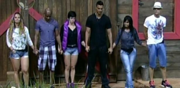 Viviane Araújo, Lui Mendes, Penélope Nova, Gustavo Salyer, Gretchen e Sylvinho Blau-Blau são chamados por Britto Jr. (29/5/12)
