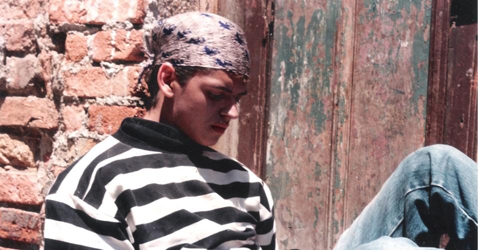 Léo Áquilla aos 18 anos, quando teve que fugir de sua cidade natal após ter sido apedrejado (1º/5/12)