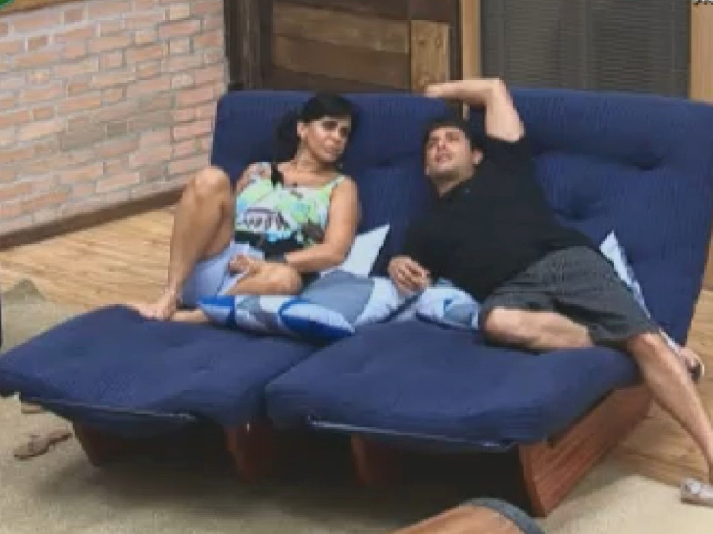 Gretchen e Vav conversam na sede (25/6/12)