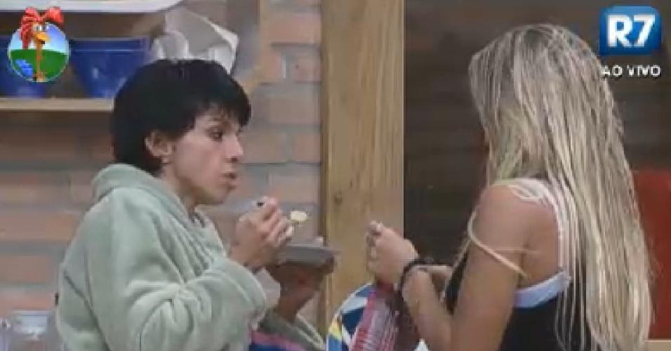 Penélope Nova e Robertha Portella conversam sobre rumos do jogo (30/6/12)