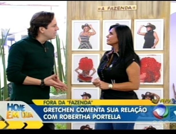 Gretchen conversa com Celso Zucatelli no