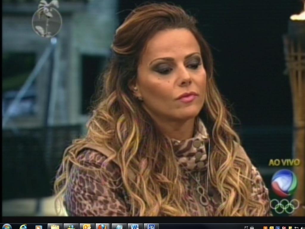 Viviane Araújo é indicada para roça com Simone Sampaio e Ângela Bismarchi (17/7/12)