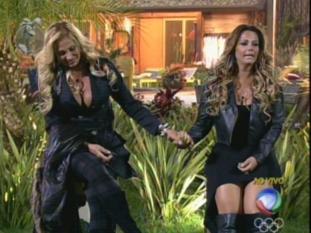 Ângela Bismarchi (esq.) e Viviane Araújo (dir,) se enfrentam na sexta roça de