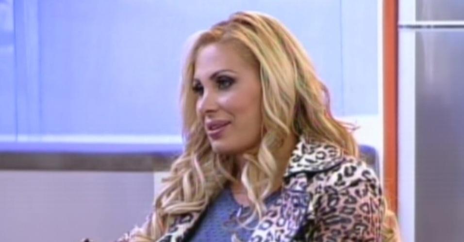 Ângela Bismarchi  é entrevistada no programa