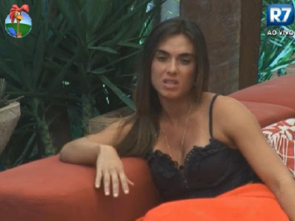 Nicole Bahls diz que está triste pela roça desta quinta-feira (26/7/12)