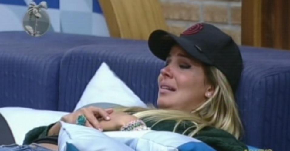 Robertha Portella cai no choro ao ver que Diego Pombo foi eliminado (26/7/12)