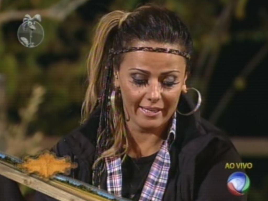 Viviane Araújo vota em Nicole Bahls para a décima roça de