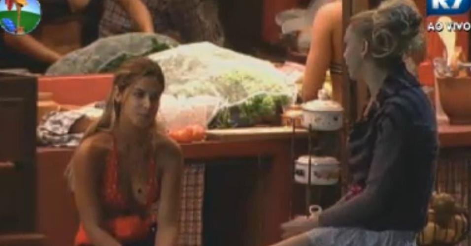 Robertha Portella afirma para Léo Áquilla que será eliminada na roça contra Viviane Araújo (23/8/12)
