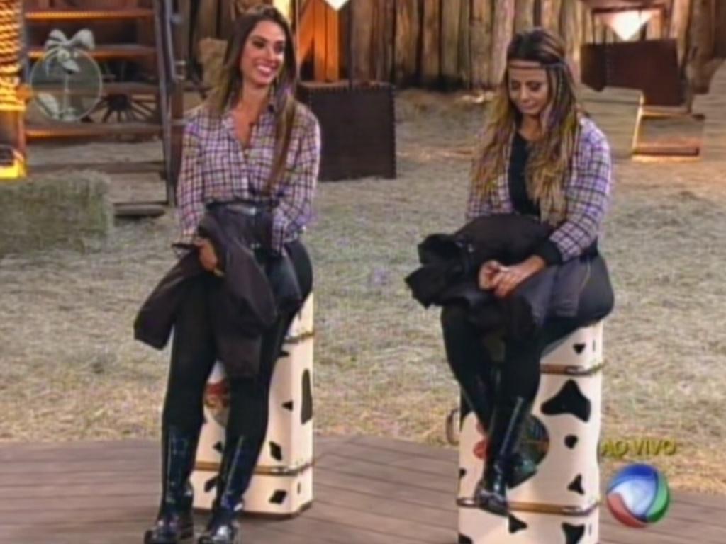 Nicole Bahls e Viviane Araújo ouvem Britto Jr. falar sobre suas brigas (26/8/12)