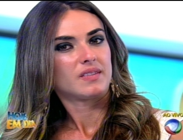 Nicole Bahls participa do programa 