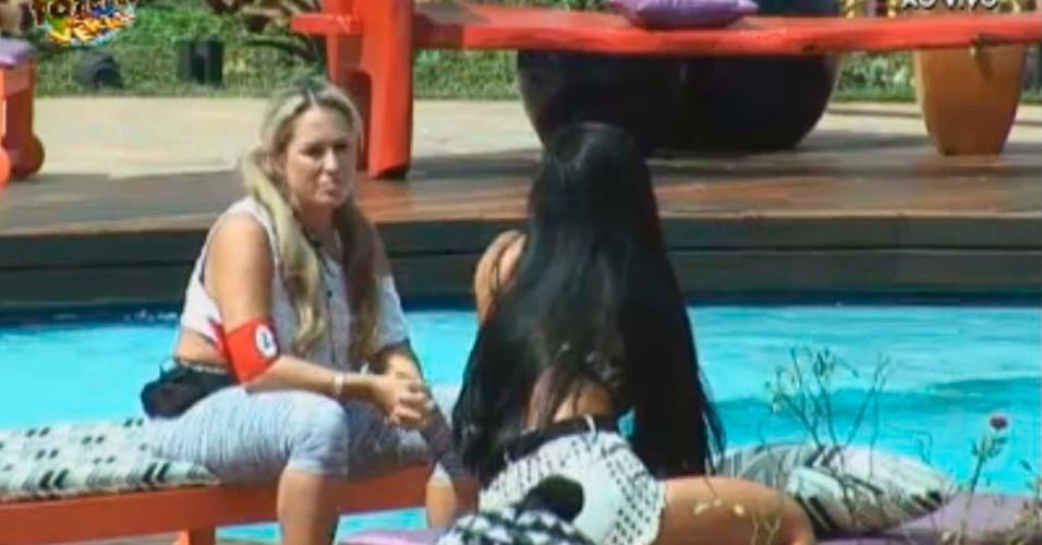 Ísis não poupa criticas à Gabriela para Natalia