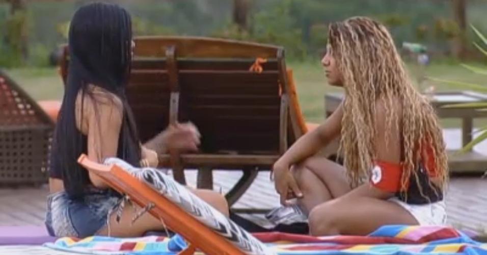 Natalia e Karine conversam sobre ficada da japonesa com Victor