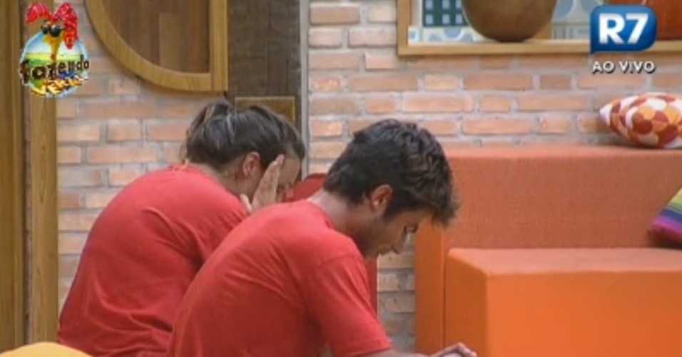 Victor e Angelis aps prova