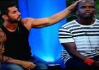 """Thyago ou Raphael: quem você quer que fique na """"Fazenda de Verão""""? - Reprodução/Record"""