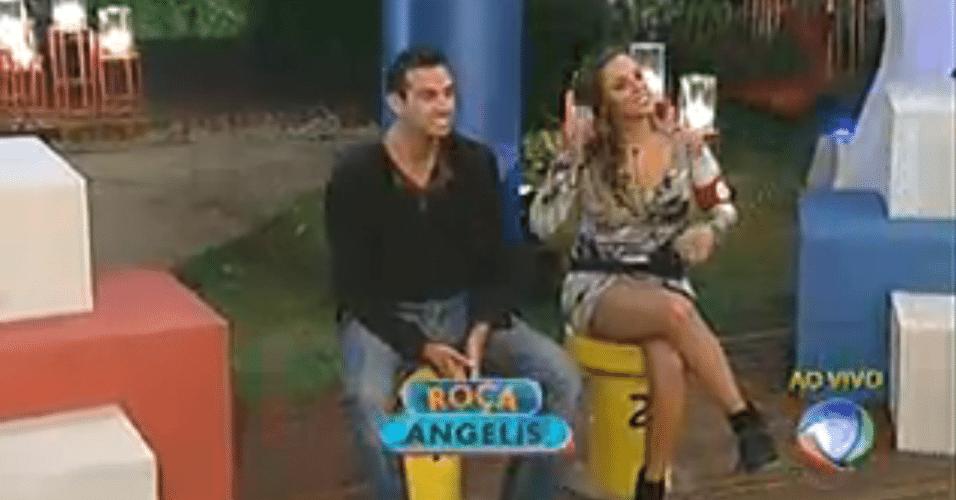 Rodrigo Carril e Angelis estão na roça