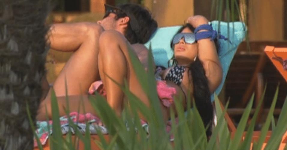 Natalia e Victor falam mal de Manoella