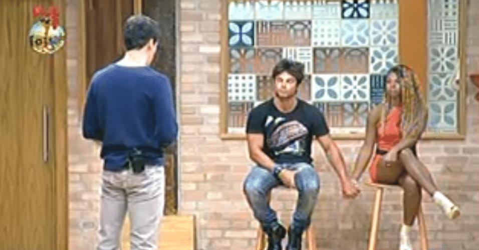 Rodrigo Faro revela quem permanece no reality show
