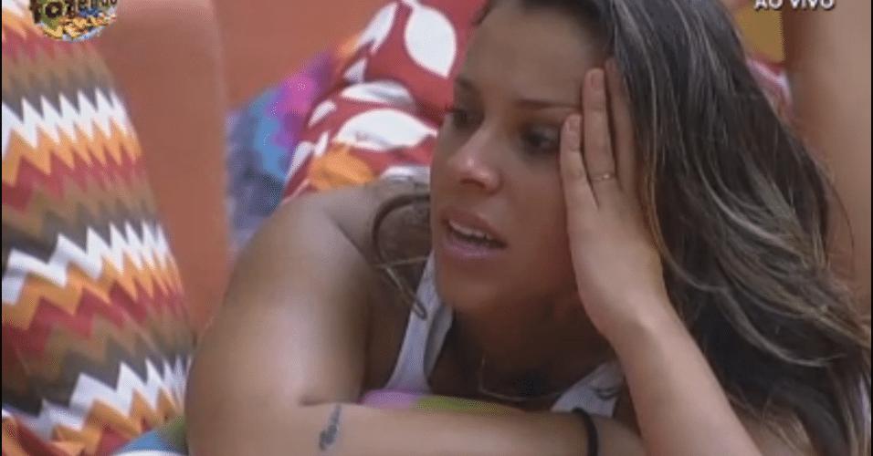 Angelis conta que conhece Lisi Benitez