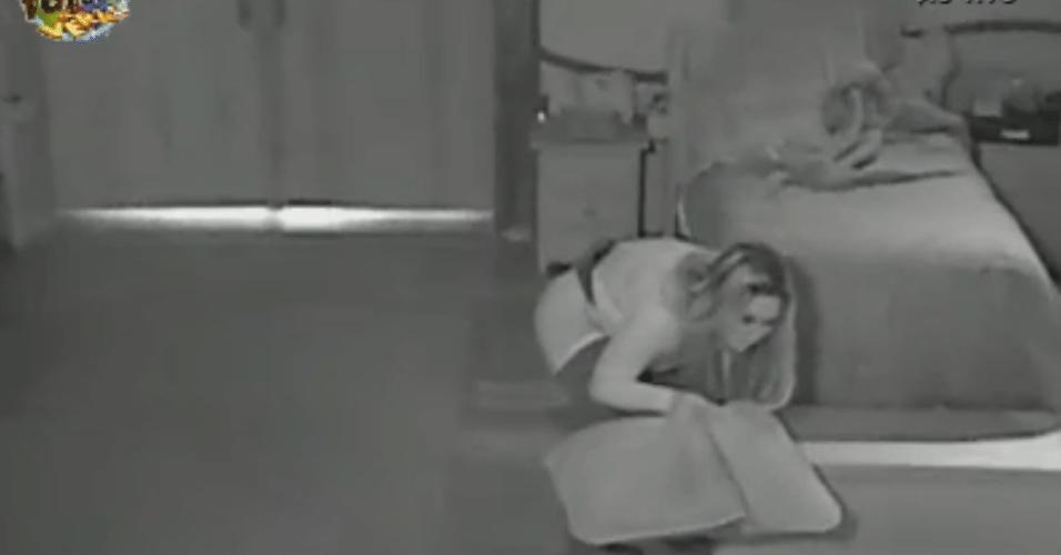 Ísis inicia uma guerra de travesseiros