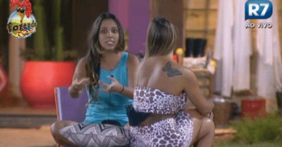 Angelis e Manoella voltam a discutir